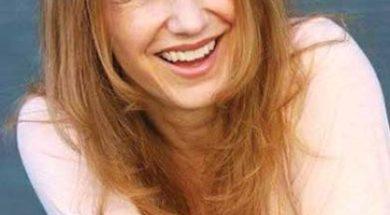 LauraCayouette