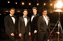 IL-DIVO-PRESS-SHOT-STAGE-(1)SZ